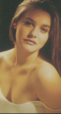 Alicia Silverstone Fanpage - Actress